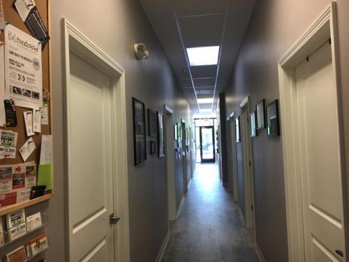 Hallway-at-Paramount-Health-Chiropractic